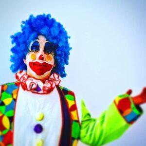 Carnaval clown roed geel greun